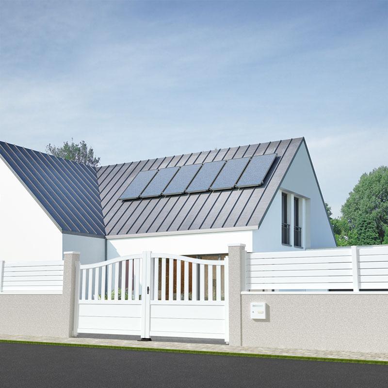 portail battant blanc dans une maison moderne