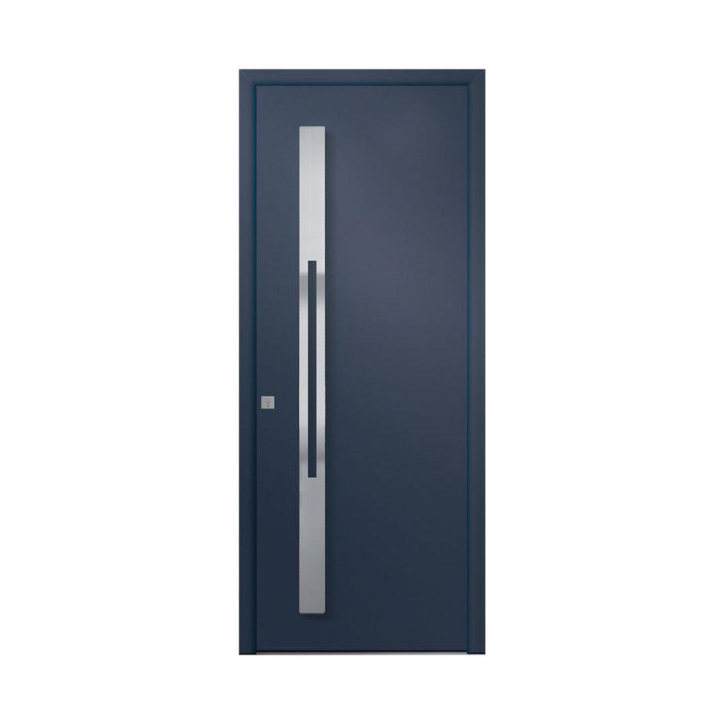 porte d'entrée classique couleur bleue